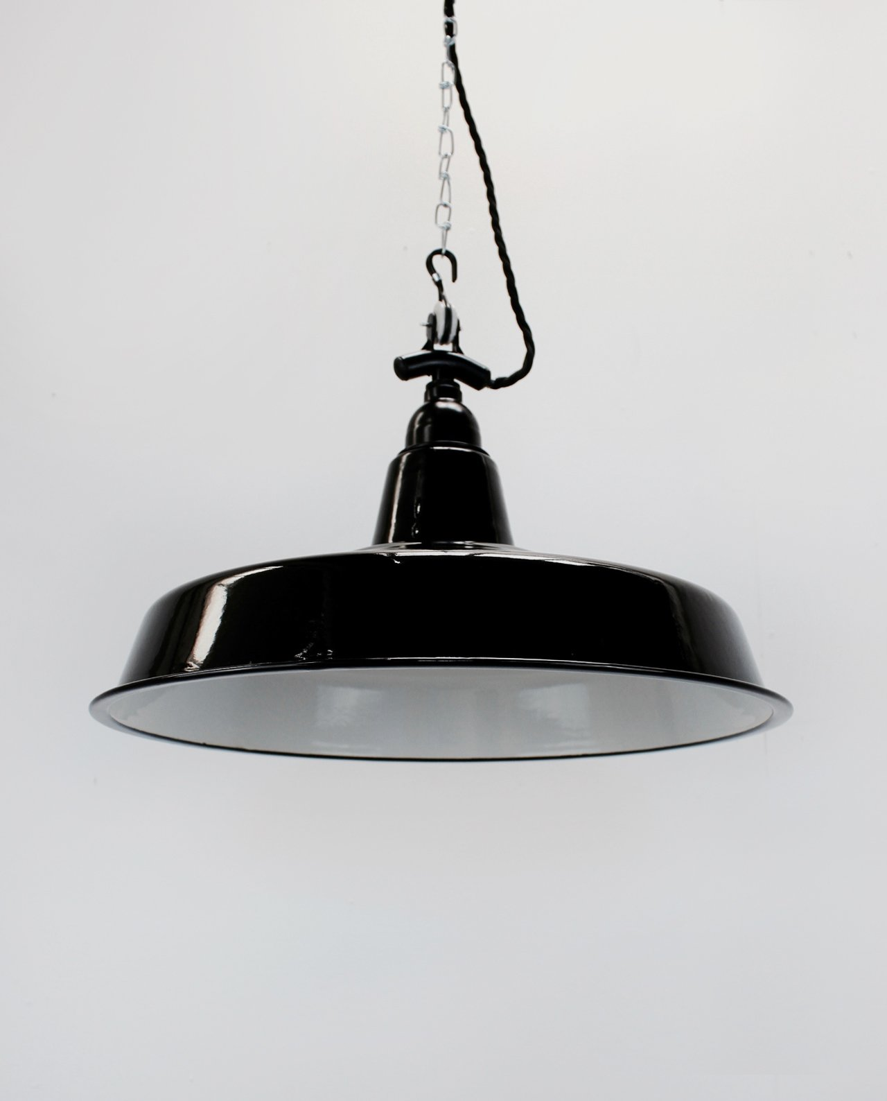 400mm industrial light shadeblack