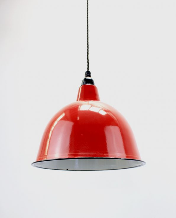 Red cloche with bob