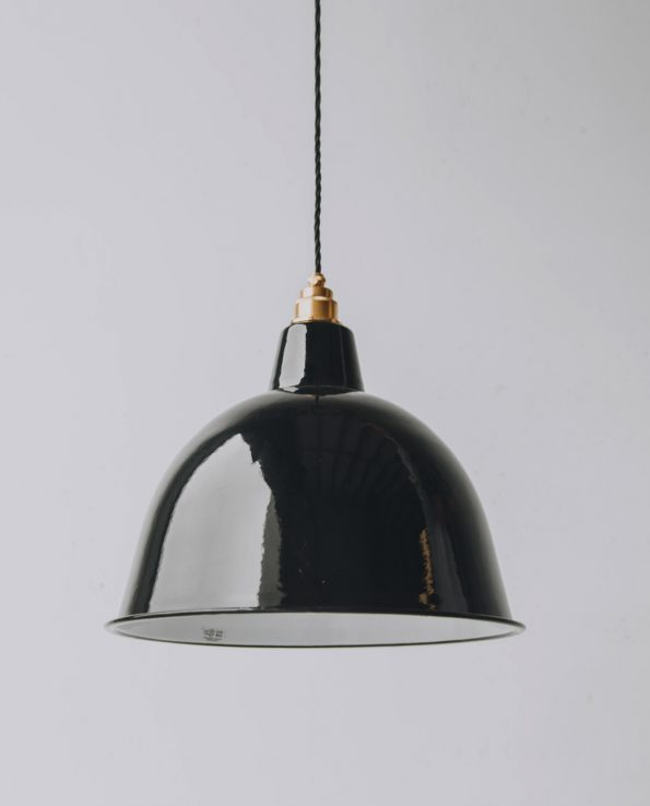 Black cloche brass