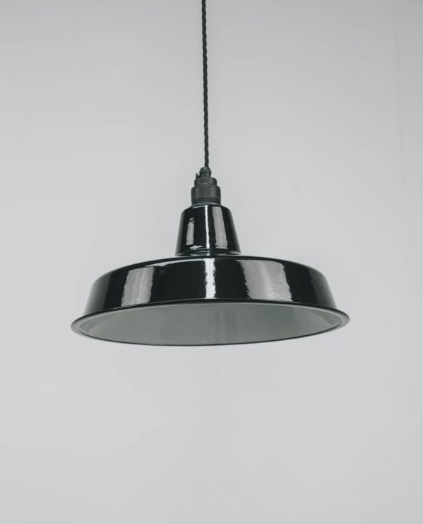 Black lampholder with vintage black