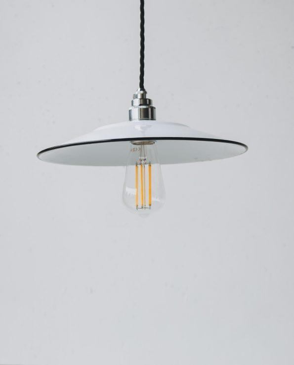 White saucer chrome lampholder